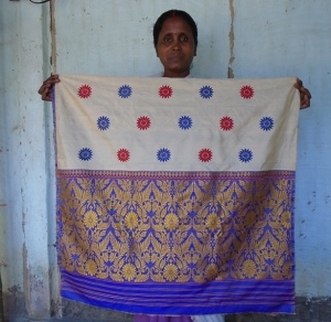 Alaka_Das_Rajbongshi's_woven_cloth[1]